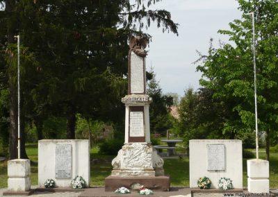 Vése világháborús emlékmű 2009.04.21.küldő-Sümec (8)
