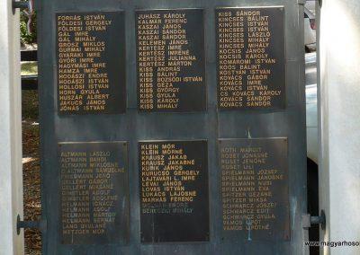 Vésztő világháborús emlékmű 2009.07.28. küldő-Sümec (4)