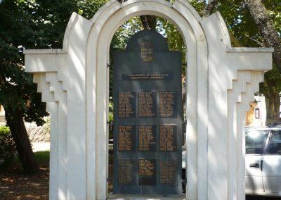 Vésztő világháborús emlékmű 2009.07.28. küldő-Sümec