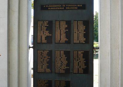 Vésztő világháborús emlékmű 2009.07.28. küldő-Sümec (6)