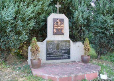 Vöckönd világháborús emlékmű 2007.07.25. küldő-HunM