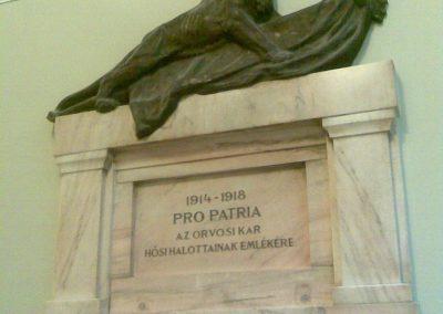VIII. kerület Üllői út 26. SOTE I. világháborús emlékmű 2012.10.12. küldő-Huszár Peti (2)
