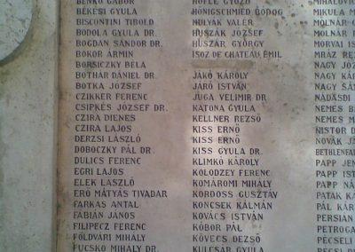 VIII. kerület ELTE háborús emlékmű 2009.09.27. küldő-Huszár Peti (4)