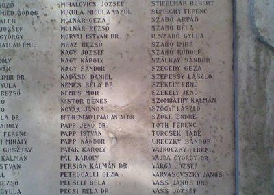 VIII. kerület ELTE háborús emlékmű 2009.09.27. küldő-Huszár Peti (5)