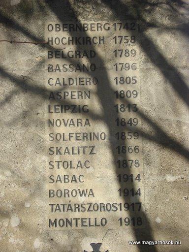 VIII. kerület Harminckettesek tere A 32-es Bp-i háziezred emlékműve 2008.04.02.küldő-Huszár Peti (5)