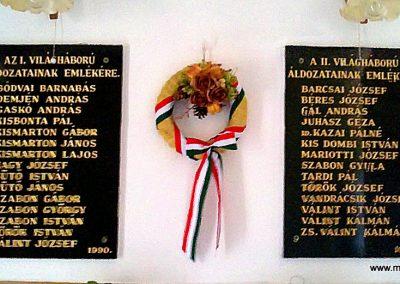 Vadna világháborús emléktáblák 2012.06.27. küldő-Pataki Tamás