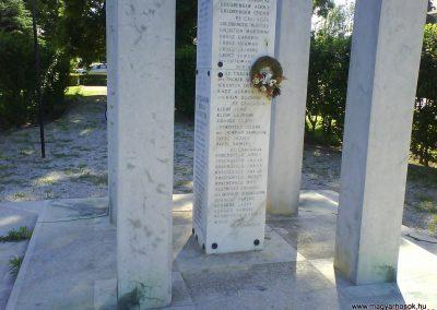 Vaja világháborús emlékmű 2008.06.02.küldő-Ősz Béláné (4)