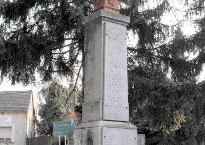 Vajszló világháborús emlékmű 2012.08.01. küldő-KRySZ (13)