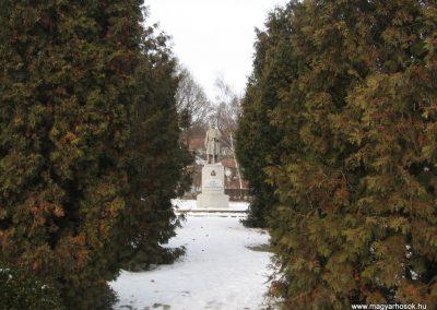 Valkó világháborús emlékmű 2010.01.26. küldő-kalyhas