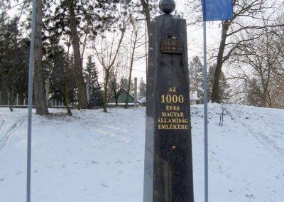 Vanyarc Hősi emlékmű 2010.01.26. küldő-kalyhas (10)