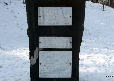 Vanyarc Hősi emlékmű 2010.01.26. küldő-kalyhas (14)