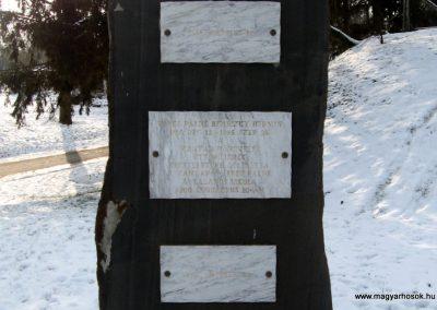 Vanyarc Hősi emlékmű 2010.01.26. küldő-kalyhas (9)