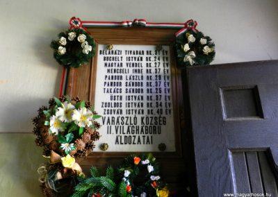 Varászló II. világháborús emléktábla 2014.10.18. küldő-Huber Csabáné (1)