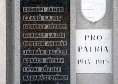 Varbó világháborús emlékmű 2011.08.17. küldő-Röghegyiné Spisák Anita (2)