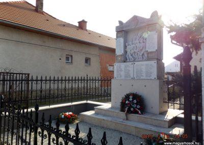 Vasad világháborús emlékmű 2015.02.19. küldő-kalyhas (8)