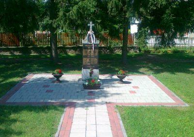 Vasegerszeg világháborús emlékmű 2010.08.10. küldő-Csiszár Lehel