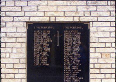 Vashosszúfalu világháborús emlékmű 2012.10.08. küldő-Méri (1)