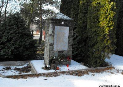 Vasszécsény II.vh emlékmű 2009.01.19.küldő-gyurkusz
