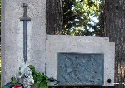 Vejti világháborús emlékmű 2014.06.20. küldő-Bagoly András (3)