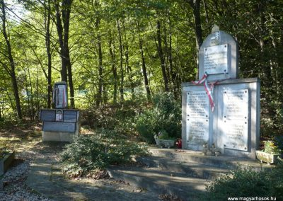 Velemér hősi emlékmű 2012.09.28. küldő-Sümec (1)