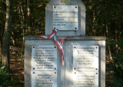 Velemér hősi emlékmű 2012.09.28. küldő-Sümec (10)