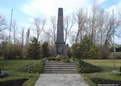 Velence világháborús emlékmű 2006.11.07. Küldő-Atus