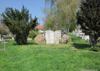 Verőce II. világháborús emlékmű 2013.04.22. küldő-kalyhas (1)