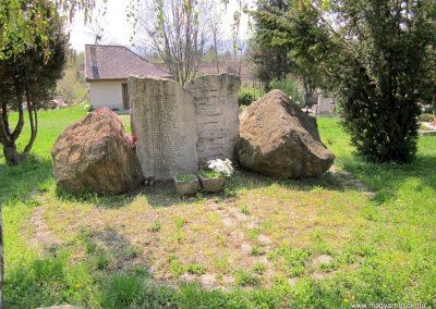 Verőce II. világháborús emlékmű 2013.04.22. küldő-kalyhas (5)