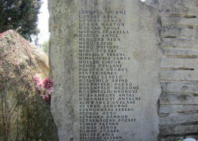 Verőce II. világháborús emlékmű 2013.04.22. küldő-kalyhas (7)