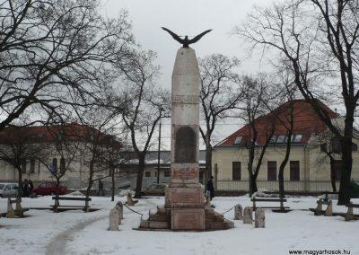 Veszprém I.vh emlékmű 2010.02.20. küldő-Sümec (1)