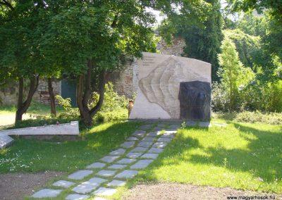 Veszprém II.vh emlékmű 2009.05.18.küldő-HunMi