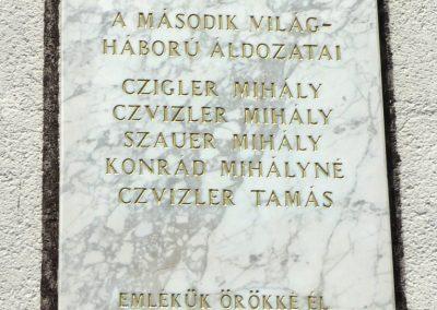 Veszprémfajsz világháborús emléktáblák 2010.05.30. küldő-Sümec (4)