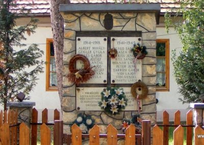 Vid világháborús emlékmű 2012.10.06. küldő-Méri (1)