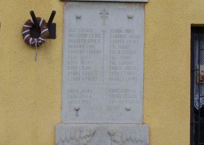 Vigántpetend világháborús emlékhely I.vh emléktábla 2009.07.28. küldő-HunMi