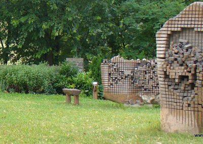Vigántpetend világháborús emlékhely II.vh emléktábla 2009.07.28. küldő-HunMi (1)