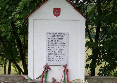 Vigántpetend világháborús emlékhely II.vh emléktábla 2009.07.28. küldő-HunMi (2)