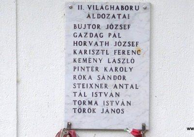 Vigántpetend világháborús emlékhely II.vh emléktábla 2009.07.28. küldő-HunMi (3)