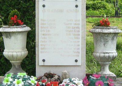 Villánykövesd világháborús emlékmű 2010.05.30. küldő-Mistel (2)