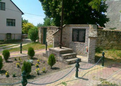 Vilonya II.vh emlékmű 2011.05.30. küldő-Csiszár Lehel (1)