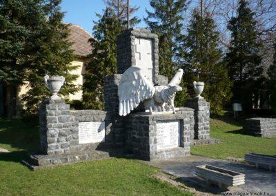Vindornyaszőlős világháborús emlékmű 2013.04.14. küldő-Sümec (1)