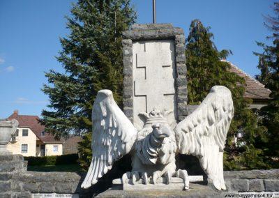 Vindornyaszőlős világháborús emlékmű 2013.04.14. küldő-Sümec (6)