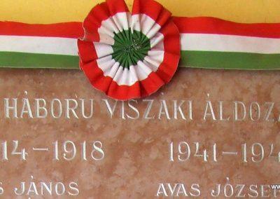 Viszák világháborús emléktábla 2011.11.12. küldő-Marton Bence (1)