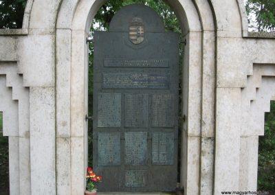 Visznek világháborús emlékmű 2008.07.15. küldő-kalyhas (2)