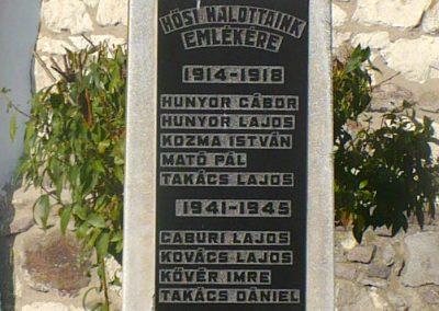 Vizsoly református templomkert világháborús emlékmű 2009.09.09 küldő-Gombóc Arthur(3)