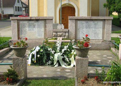 Vokány világháborús emlékmű 2010.05.30. küldő-Mistel (3)