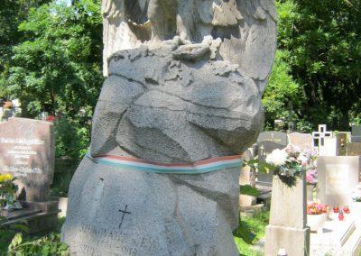 XII. kerület farkasréti temető háborús parcella 2018.07.01. küldő-Bali Emese (3)