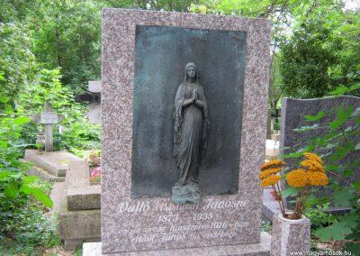 XII. kerület farkasréti temető háborús parcella 2018.07.01. küldő-Bali Emese (9)
