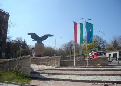 XII.kerület Hősi emlékmű -bontásra itélve!-2008.04.02.küldő-Huszár Peti
