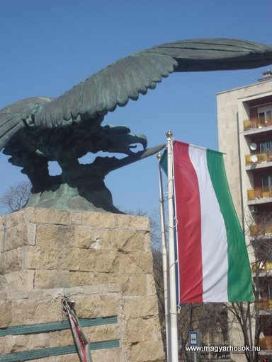 XII.kerület Hősi emlékmű -bontásra itélve!-2008.04.02.küldő-Huszár Peti (6)