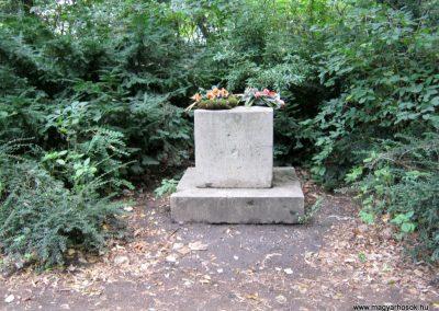 XIII. kerület Margitsziget I. világháborús emlékmű 2014.07.24. küldő-Emese
